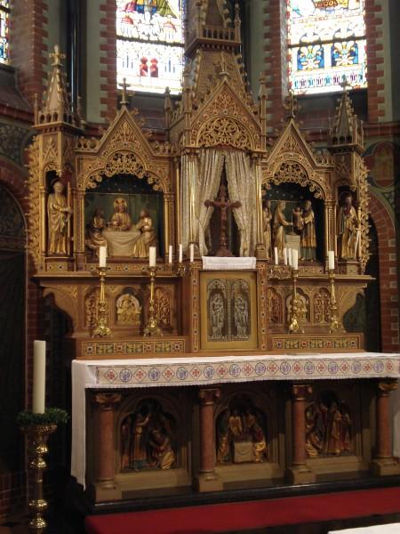 Kerk Einighausen binnen