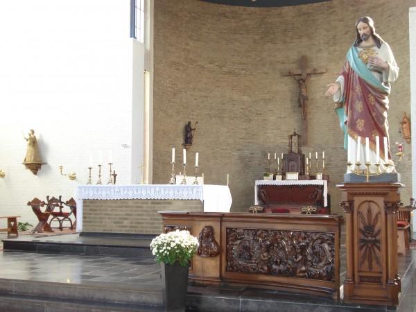 Kerk Guttecoven binnen