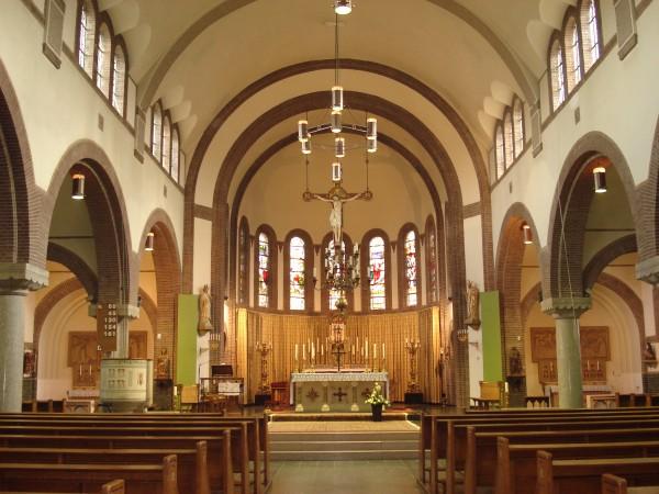 Kerk Limbricht binnen